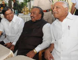 BS Yeddyurappa (right) along with Eshwarappa and Jagadish Shettar. Photo courtesy: The Hindu